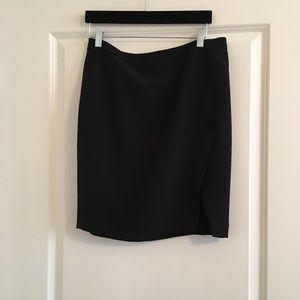 Lauren Ralph Lauren Size 8 Black Skirt Front Slit